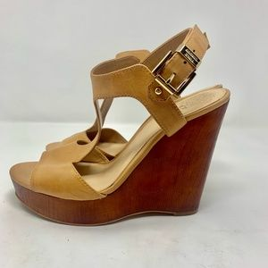 Vince Camuto | Camel Wedge Heeled Sandals 8M